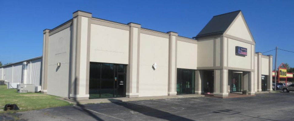 Joplin Retail PropertyLocated in the heart of the North Park Mall (NPM) retail trade area...See Website